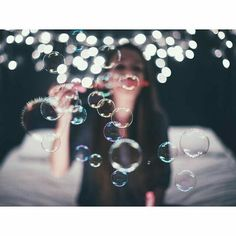 Brandon Woelfel Stops Time Light Photography, Creative Photography, Portrait Photography, Bubble Photography, Happy Photography, Photography Challenge, Professional Photography, Newborn Photography, Landscape Photography