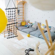 Anzeige// Unser Spielzimmer und 6 Dinge, die jeden Raum im Handumdrehen dazu mac… Display // Our games room and 6 things that make any room in an instant plus Ikea Hack for Dots: