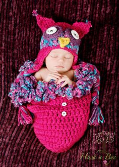 OH MY WORD!!!  What an adorable newborn pink purple and blue owl hat and cocoon pod with buttons for baby girl!