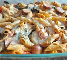 Baked penne with chicken sausage, spinach, tomatoes and greek yogurt is a lighter, healthier version of baked zita. it features whole wheat pasta, Healthy Pasta Bake, Healthy Pastas, Healthy Baking, Easy Healthy Recipes, Frugal Recipes, Penne Pasta, Baked Penne, Baked Pasta Recipes, Sausage Recipes