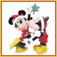Mickey & Minnie Mouse Christmas mistletoe magnetized salt & pepper shaker set from our Salt and Pepper Shakers sets collection Minnie Mouse Christmas, Mickey Minnie Mouse, Disney Christmas, A Christmas Story, Disney Mickey, Disney Holidays, Christmas Trees, Christmas Decor, Christmas Gifts