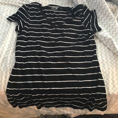 V neck White and black striped v neck Apt. 9 Tops Tees - Short Sleeve