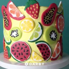 Summer Fruit Cake Decorating Tutorial #darbysmart #recipes #desserts #baking #sweets #cake #cupcakes #cakedecorating #summer #fruitcake #candymelts #citrus #watermelon #lemon #papaya #kiwi