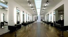 Rob Peetoom Hair + Make-up Amsterdam Elandsgracht