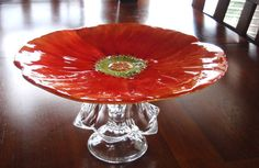BEAUTIFUL POPPY FOOTED SERVING PLATE