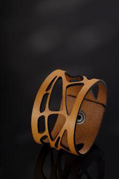 Bracelet en cuir Womens manchette en cuir par Qualcosanostra