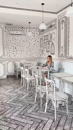 Magical Room, Voyager Loin, Blog Voyage, Cafe Interior, Cafe Design, The Good Place, Bali, Places To Go, Dining Chairs