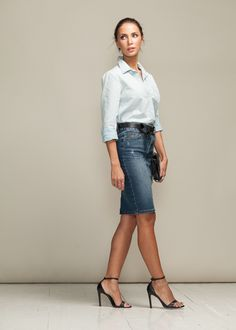 These Are The Most Stylish Types of Pencil Skirts Denim pencil skirt Denim Pencil Skirt Outfit, Jean Pencil Skirt, Pencil Skirt Casual, Blue Pencil Skirts, Denim Skirt Outfits, Black Pleated Skirt, High Waisted Pencil Skirt, Casual Outfits, Pencil Dress