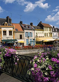 Quartier St-Leu et quai Belu, Amiens - Picardie / France St Leu, Amiens, Calais, France Europe, Photos Voyages, Travel Goals, Destinations, Aesthetics, The Incredibles