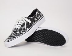 0a0db1cec3c578  Vans Authentic Star Wars Stormtrooper Bandana  sneakers Vans Shoes