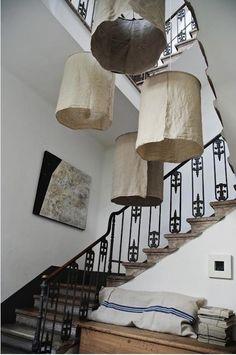 DIY rustic linen lampshades by Oggetti in Italy/biri rustik mi demişti?