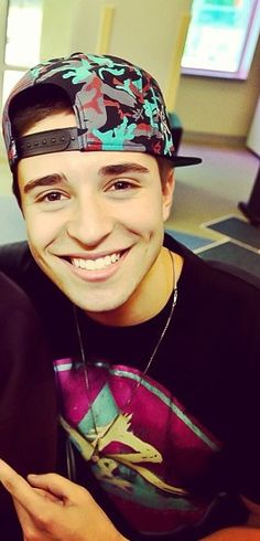 Jake Miller. that is a beautiful smile