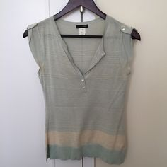 Jcrew silk/cotton blend top, XS Nice summer top silk/cotton blend for summer time.  Paired nicely with white shorts or jeans. J. Crew Tops Blouses