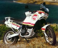 *** Cagiva Elefant 900 ie LuckyExplorer.