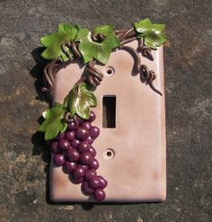 Grape Vine Wine Grapes Light Switch Plate Switchplate by krisi Cute Polymer Clay, Fimo Clay, Polymer Clay Projects, Polymer Clay Creations, Switch Plate Covers, Light Switch Plates, Clay Ornaments, Sculpture Clay, Cold Porcelain