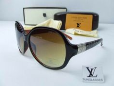 Louis Vuitton Sunglasses 2586 #Louis #Vuitton #Sunglasses Louis Vuitton Sunglasses, Prada Sunglasses, Luxury Sunglasses, Cheap Sunglasses, Other Accessories, Chanel, Stuff To Buy, Shoes, Clothing
