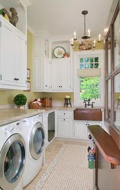 Can a laundry sink be elegant? Stainless steel? Fireclay? Copper?! #Laundry #Home #Decor #Whitehaus