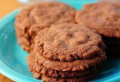 Nutella cookies   Ingrediënten      120 gr bloem;     1 losgeklopt ei;     240 ml nutella  Bereiding 1. Verwarm de oven voor op 180 graden. 2. Mix de i...
