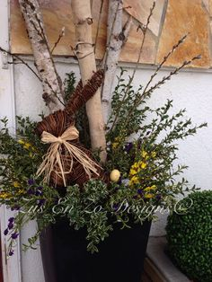 Spring planter. Easter