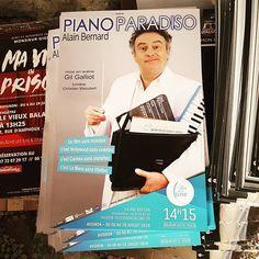 Affiche du #spectacle Piano Paradisio de @al1bernard pendant le #festival @avignonleoff au #théâtre Au coin de la lune à #avignon #avignonleoff