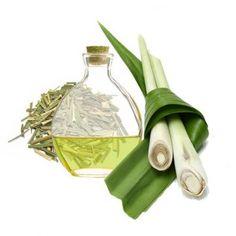 Esencia aromática de Lemongrass, su refrescante fragancia a limón la hace ideal para hacer perfumes, jabones, velas, mikados, ambientadores de escayola, etc. Disponible en Gran Velada. #diy
