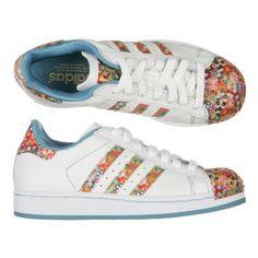http://www.cdiscount.com/chaussures/chaussures-femme/adidas-superstar-i/f-150020101-014795.html