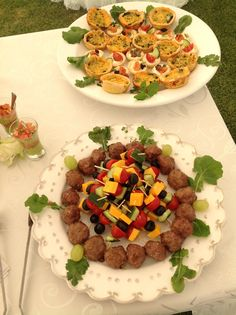 . Cobb Salad, Catering, Villa, Cheese, Food, Catering Business, Gastronomia, Essen, Meals