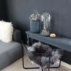 Classico chalk paint from Pure & Original in the color Black Smoke. Animal Skin Rug, Paint Color Schemes, Tadelakt, Eames Chairs, Wall Colors, Colours, Modern Country, Decoration, Home And Living
