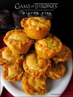 Pigeon {Chicken} Pies – Cooking Is My Sport Game Of Thrones Food, Game Of Thrones Party, Pigeon Pie, Medieval Recipes, Food Themes, Party Themes, Food Ideas, Party Ideas, Good Food