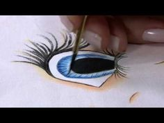 Eyes on face 2 Acrylic Painting Lessons, Eye Painting, Painting Videos, Ceramic Painting, Fabric Painting, Painting On Wood, Doll Face Paint, Doll Videos, Tole Painting Patterns