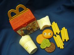 McDonalds Happy Meal Fisher Price toy #2155 1989 -90 Fun with Food- hamburger, french fries, drink