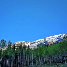 Sjå på månen dein va en gang en gud... Mountains, Nature, Travel, Viajes, Naturaleza, Destinations, Traveling, Trips, Bergen