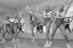 Sun Lakes, Arizona, The Dancing Grannies are a five-member team in their early to mid Arizona, Elliott Erwitt, David, Photographer Portfolio, Documentary Photographers, Magnum Photos, Life Photo, Aerobics, Monochrome