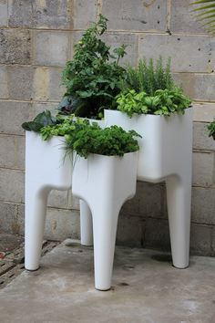 Hurbz Garden Furniture - New to www.temperaturedesign.com.au outdoor range and available immediately.