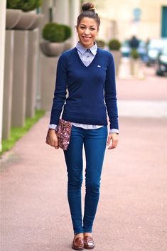 By a preppy style, I don't mean an uptight outfit, but simply a more put together look, that could be school and class appropriate. Formal Casual Outfits, Preppy Casual, Style Casual, Casual Looks, Preppy Formal, Preppy Style Winter, Geek Chic Fashion, Tomboy Fashion, Work Fashion