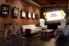 Ladrillo a la vista, espacio moderno y hipster para tu local. #CastañoConstrucción