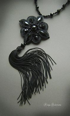 Necklace pinned from Beads Online Australia Black Jewelry, Boho Jewelry, Jewelry Crafts, Beaded Jewelry, Jewelery, Fashion Jewelry, Women Jewelry, Pendant Jewelry, Soutache Pendant