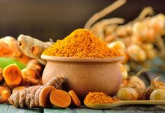 Épice très à la mode, le curcuma possède des propriétés anti-inflammatoires et antioxydantes qui en font un allié de choix dans la lutte contre nombre de maladies, avec une mention toute particulière pour le foie.
