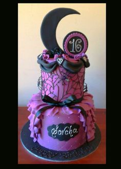 Gothic Goth Emo Steam Punk Purple Black Halloween Ruffle Quilted Moon Roses 16 Girls Birthday Cake More from my site Gothic Halloween Birthday Cake Gothic Halloween Birthday Cake – Gothic Halloween Birthday Cake Halloween Birthday Cakes Halloween Desserts, Halloween Torte, Pasteles Halloween, Halloween Birthday Cakes, Halloween Tricks, Gothic Birthday Cakes, Fairy Birthday Cake, Birthday Cake Girls, 16th Birthday
