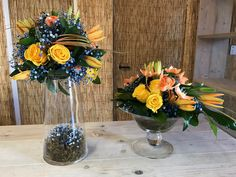 Centerpiece Marbella Florist Floristeria San Pedro Costa del Sol Wedding Bouquets, Wedding Flowers, Flowers Delivered, Wedding Decorations, Table Decorations, Amazing Flowers, Centerpieces, Corner, San