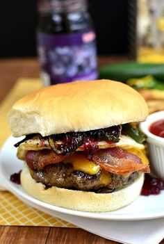 do-not-touch-my-food:  Canyon Creek Burger