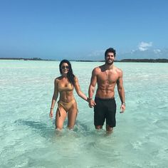 186.8 тыс. отметок «Нравится», 2,197 комментариев — Nick Bateman (@nick__bateman) в Instagram: «Bahamas 🇧🇸»