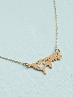 618e3e43d0cd1 To all our world travelers out there – this necklace is for you! This simple