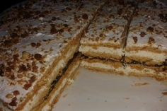 Cea mai gustoasa prajitura in foi. Romanian Desserts, Romanian Food, Sweet And Salty, Desert Recipes, Cake Cookies, Sweet Tooth, Bakery, Good Food, Cheesecakes
