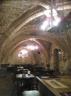 Le Trappiste | Specialist Belgian Beer in a Medieval Cellar