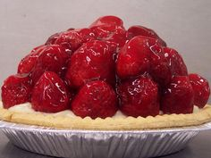 From our mouth watering Fresh Berry Custard Pies to our Farm Double Crust Berry & Fruit Pies, our guests know they can serve them with confidence to their friends & families as being the berry best. Strawberry Pie, Raspberry, Krause Berry Farm, Ice Cream Pies, Fruit Pie, Berries, Bakery, Food Porn, Frozen Pies