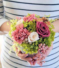 【楽天市場】【送料無料】【母の日】【ブライダル】【プレゼント】【花の贈り物】【フラワーギフト】Felicia(フェリシア)/ご自宅用・敬老の日・誕生日プレゼントに。:audrey
