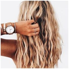 #ShortWavyHair #WavyHaircut #WavyHairstyles beachy   long wavy hair, hairstyle, hair inspiration, everyday, bayalage, balayage, easy, diy ideas, casual, minimalist, minimalism, minimal, simplistic, simple, modern, contemporary, classic, classy, chic, girly, fun, clean aesthetic, bright, pursue pret, click now for more. Messy Hairstyles, Pretty Hairstyles, Hairstyle Ideas, Beach Hairstyles, Wedding Hairstyles, Makeup Hairstyle, Hair Inspo, Hair Inspiration, Long Wavy Hair