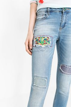 Do you decide for a trendy jean with unique details that stand out from ordinary denim? Your wish is our command.