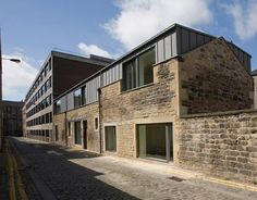 Young Street Lane Offices by Malcolm Fraser Architects is located in a mews street in Edinburgh's original New Town Architecture Renovation, Building Renovation, Industrial Architecture, Modern Architecture House, Architecture Design, Chinese Architecture, Parasite Architecture, Dublin House, Mews House